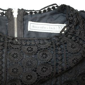 Abercrombie & Fitch Tops - Abercrombie & Fitch Black Lace Boho Crop Top XS